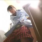 女子トイレ盗撮(200)感謝!正服J系笑顔女子D生無毛!?う☆ち美女LED超広角便器内前後外等全6名