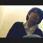 若い娘の女子トイレ盗撮