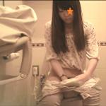 ヤングガールトイレ(8)