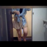 洋式トイレ便器内前方アングル&上半身盗撮