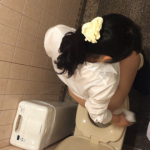 音楽の先生トイレ