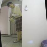 お姉さんのトイレ風景9