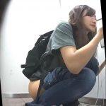 地下鉄御〇筋のトイレ12超美女のみ厳選ハプ多数クラスの1番かわいい娘レベルばかりです