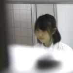 プレミアピープセレクション 洗面所特攻隊 長時間大と令和初のニケツ同時撮り 美少女も出現! 幻 79