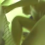 横にカメラあるとも知らずに全裸でしゃがんでくる【神降臨 Vol.006】